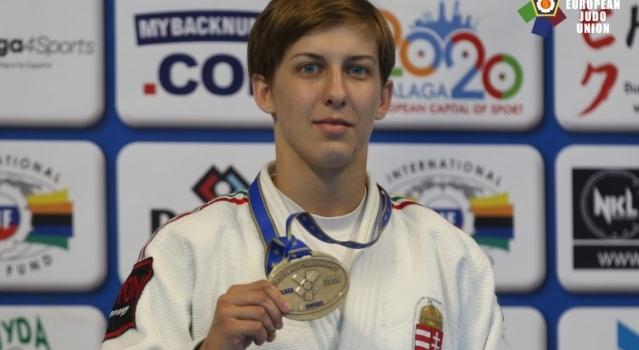 Pupp Réka bronzérmes a junior Eb-n!